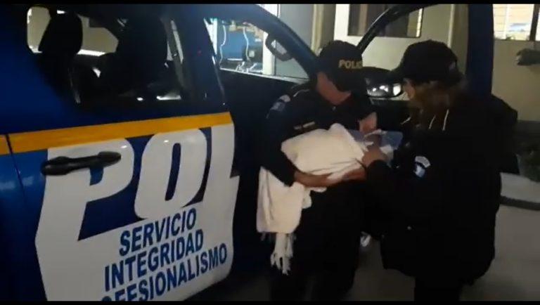 CHIMALTENANGO Localizan a recién nacido en bus extra urbano