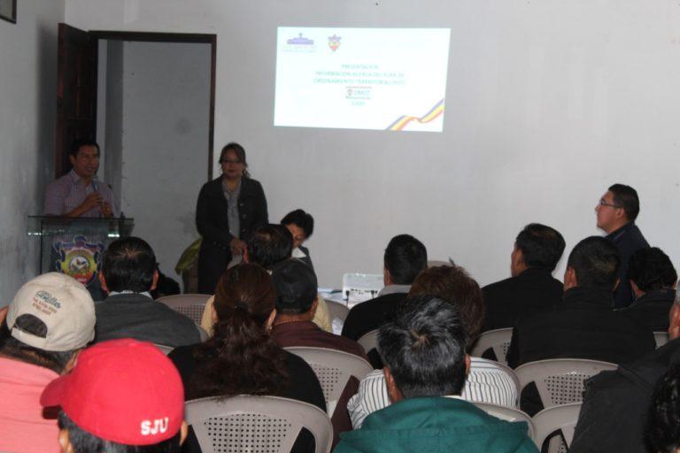 San Marcos Capacitaron a autoridades auxiliares de distintas comunidades de San Pedro Sacatepequez.